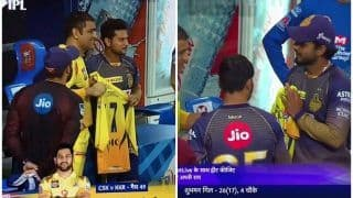 IPL 2020, CSK vs KKR: MS Dhoni Gifts His Jersey No 7 to Nitish Rana, Kuldeep Yadav; Chennai Skipper's Gesture is Winning Twitter | POSTS
